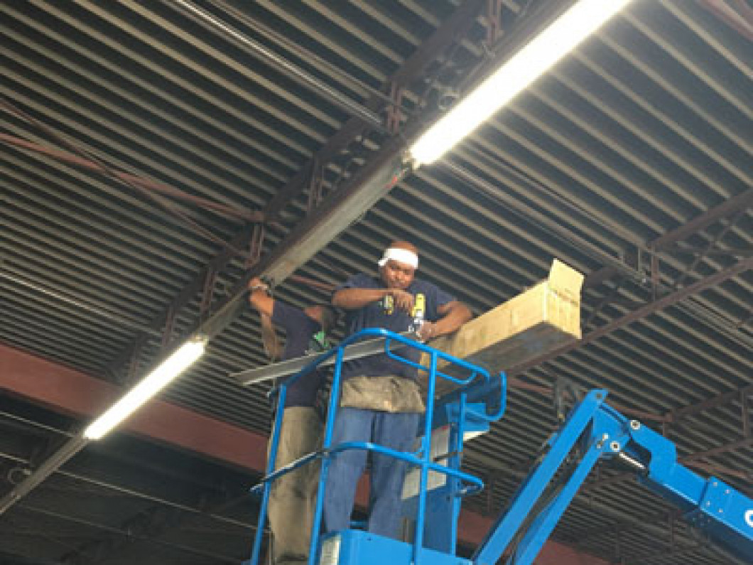 Commercial Electrician in Dallas-Fort Worth, TX